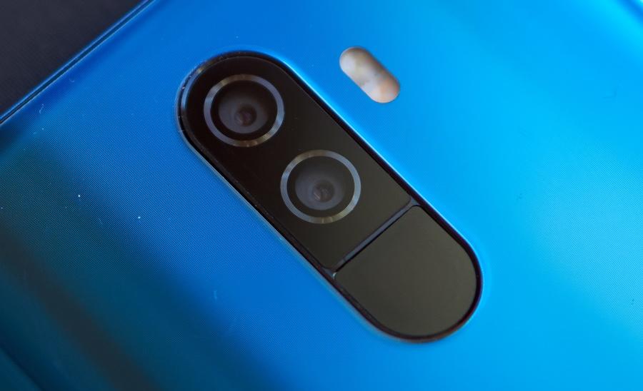 Elephone U hátlapi kamera